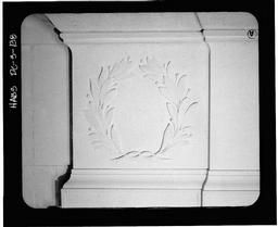 Detail Of Interior South Wall (laurel Wreath)